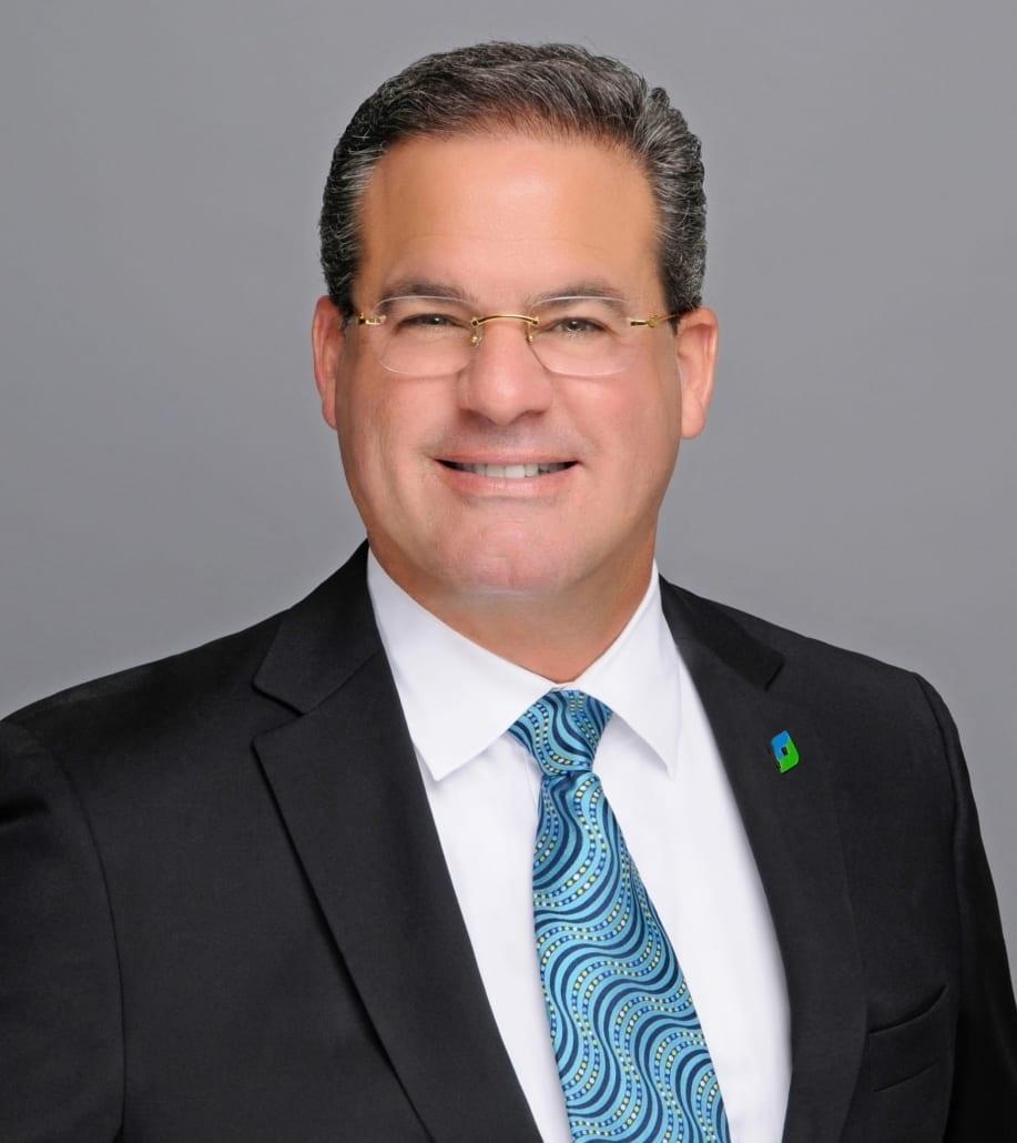 Dr. Rafael Rey