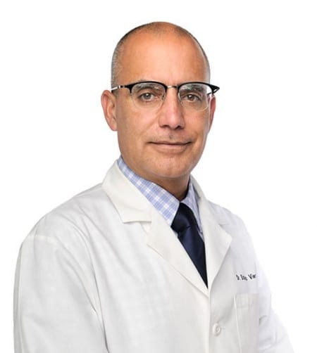 Dr. Eduardo Viera